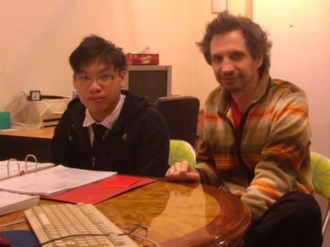 Learn English with foreigner English tutor